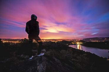 Самота и тревожност: Как да се измъкнем?