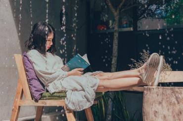 Четенето на книги може да удължи живота ни с две години