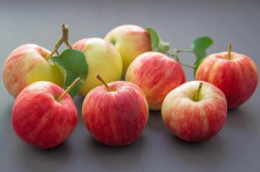 Защо си струва да хапваме ябълки всеки ден?